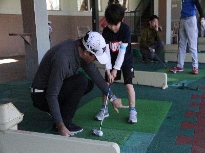 町内ゴルフメーカーの試打会などのゴルフ体験アトラクションが充実